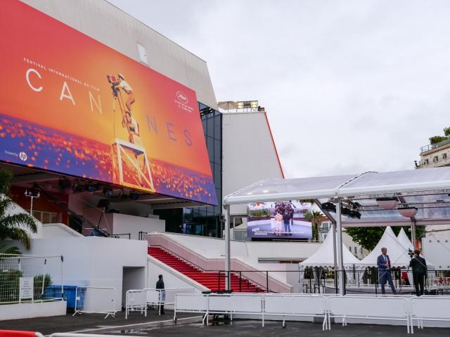 Palais des Festivals Cannes with 72nd film festival hoarding